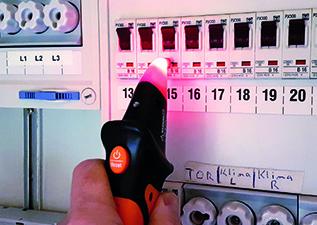 Rote LED: Sicherung gehört nicht zum gesuchten Stromkreis.